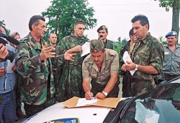 Trenutak koji je označio kraj Domovinskog rata: Predaja 21. Kordunskog  korpusa | Hercegovački portal